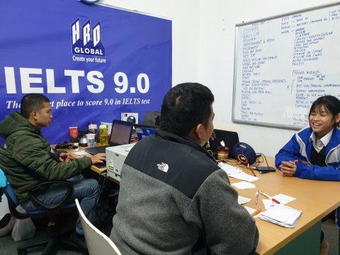 Lý do nào khiến người Philippines giỏi tiếng Anh như người bản địa?