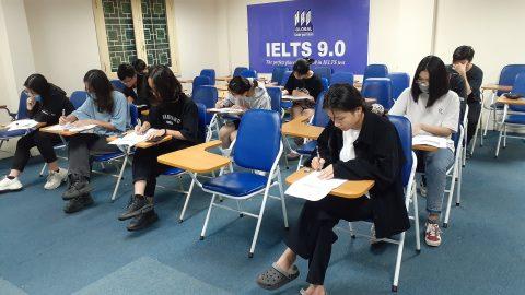 Hàng nghìn thí sinh được miễn thi Ngoại ngữ trong kỳ thi tốt nghiệp THPT 2021
